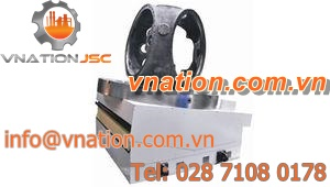 CNC tilting rotary table / for machine tools / rotating