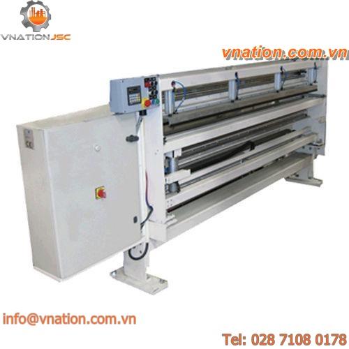 plastic film splicing machine / for non-wovens